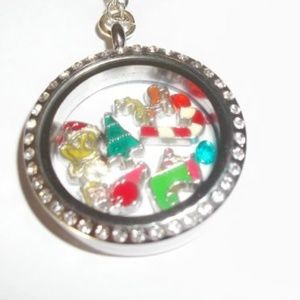 Jewelry - GRINCH Cindy Lou Who Max Large Floating Necklace